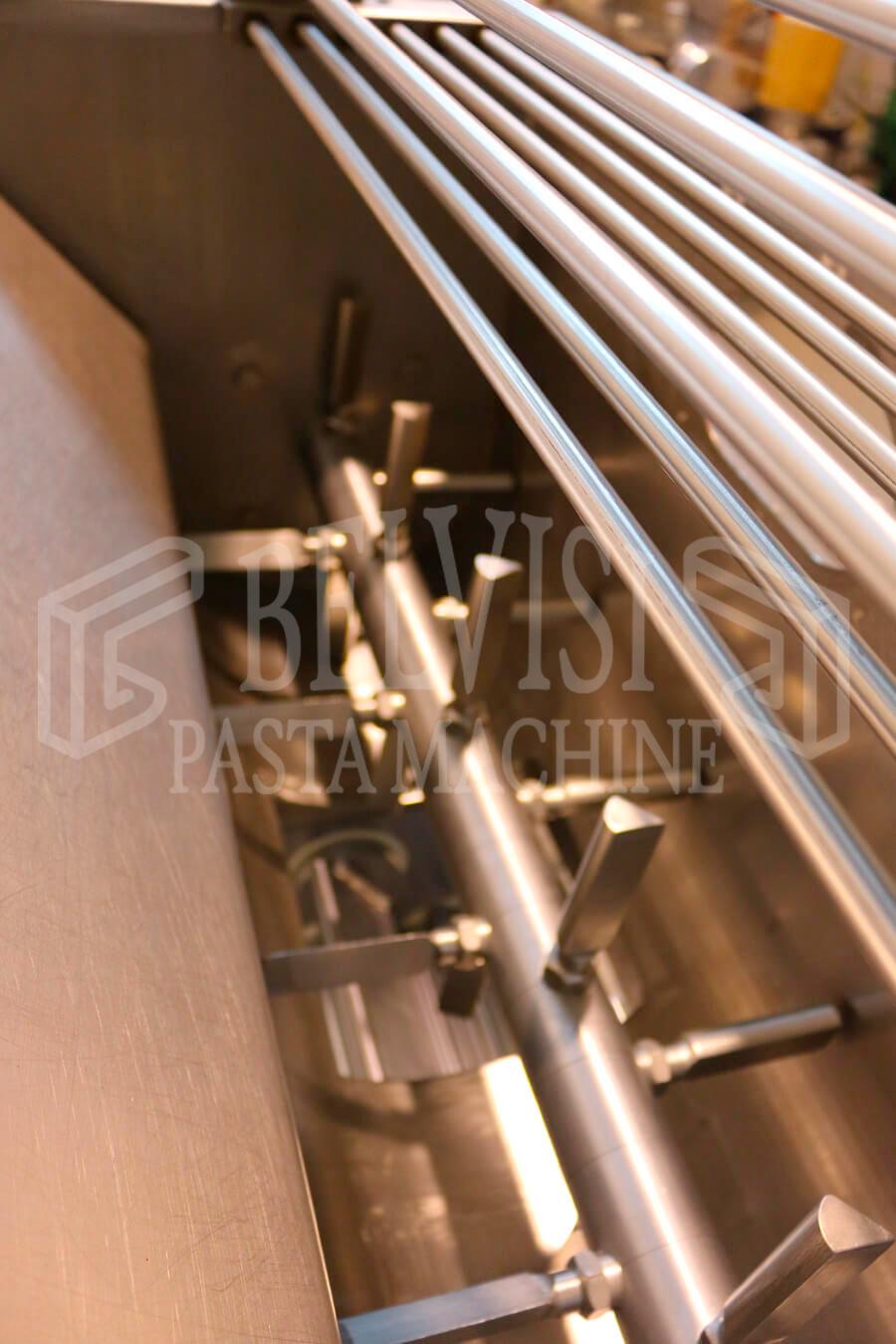 SFOGLIATRICE AUTOMATICA TIPO FRONTALE mod. Agnelli A500