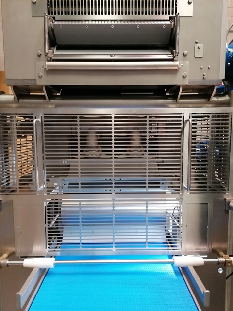 AUTOMATIC DOUBLE SHEET RAVIOLI forming TA/540 TOUCH SCREEN